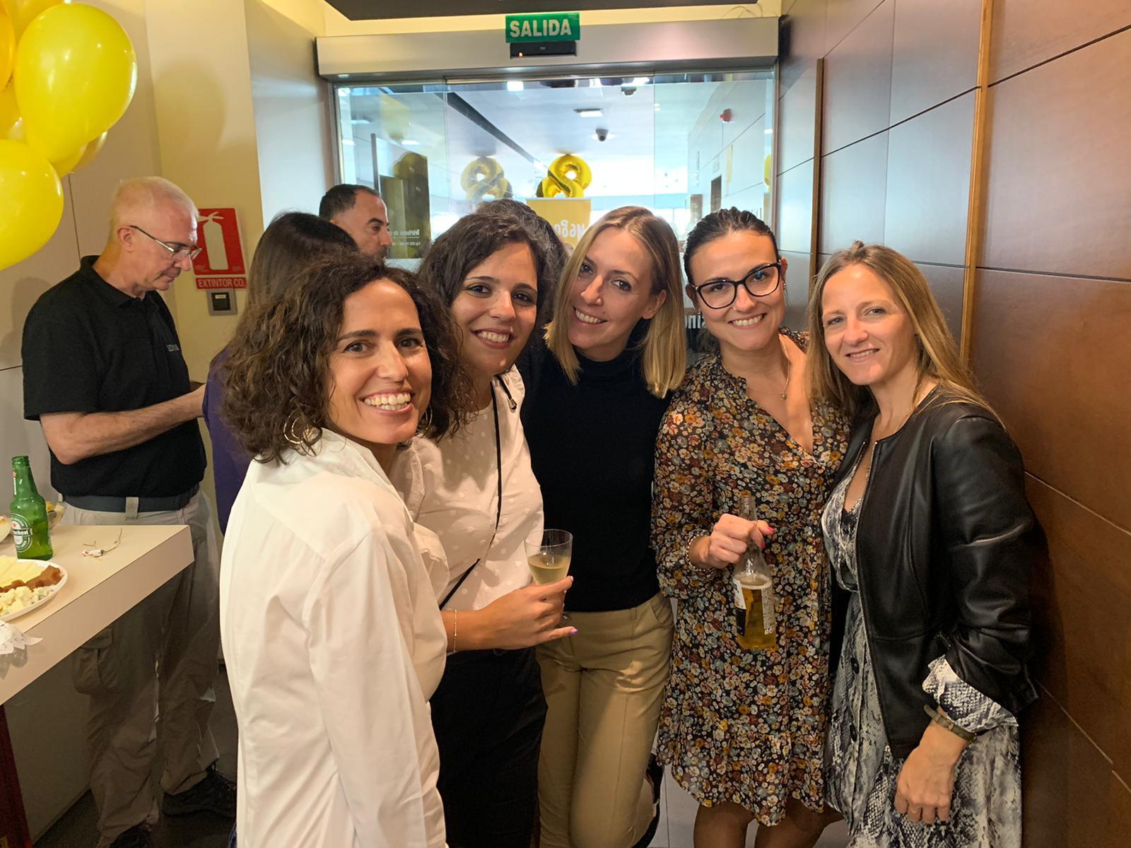 Izq. a der. Cristina, Alicia, Ana Belén, Belén y Marta