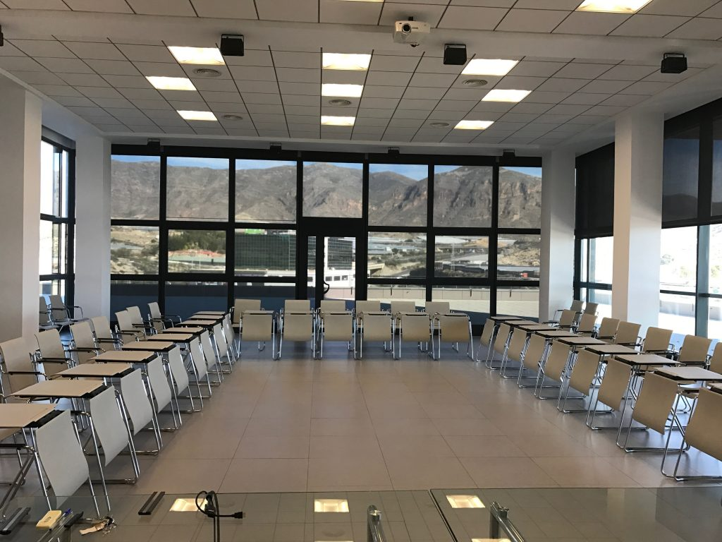 Salón de convenciones en Almería