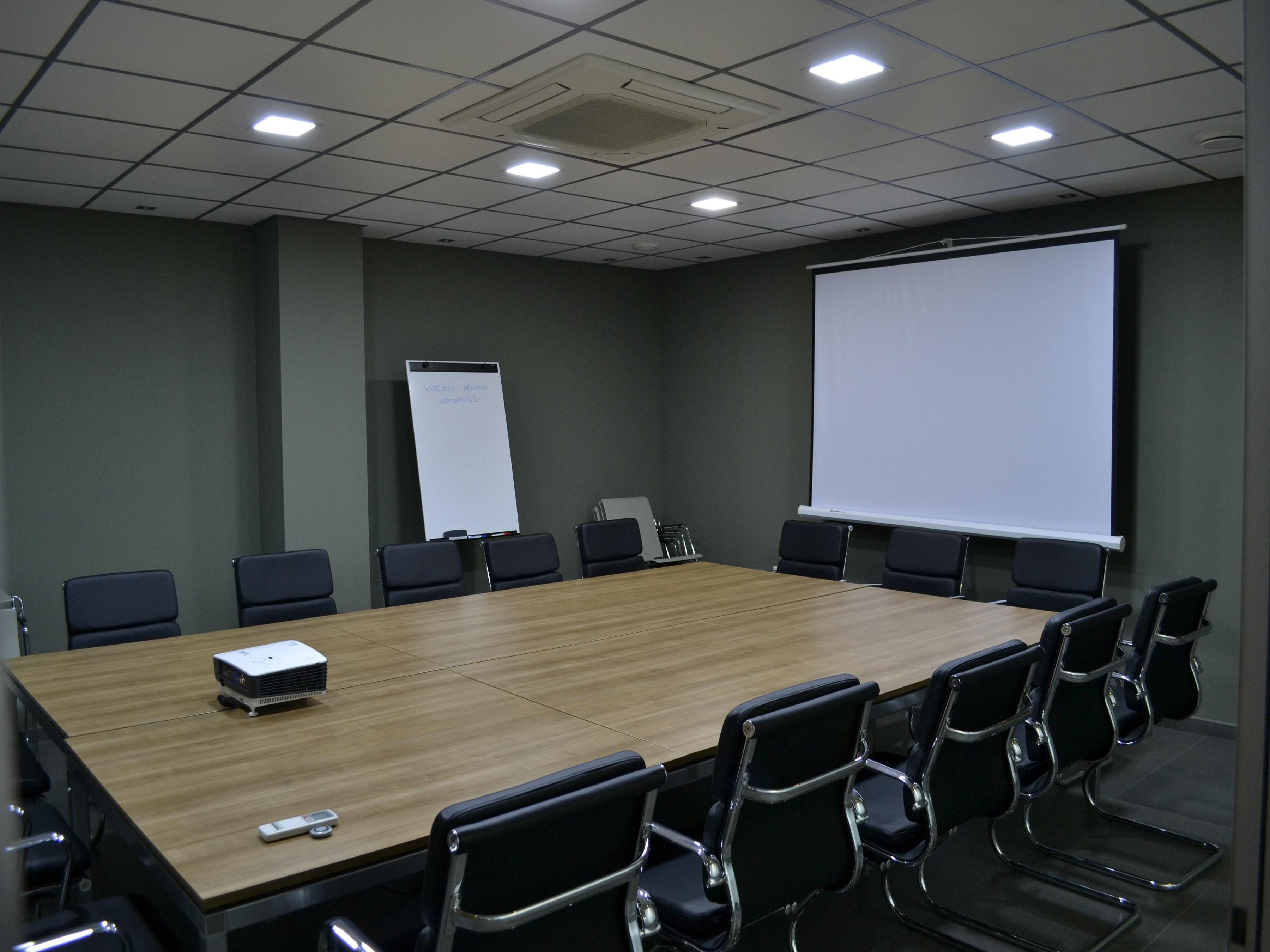 Sala de reuniones. Montaje imperial