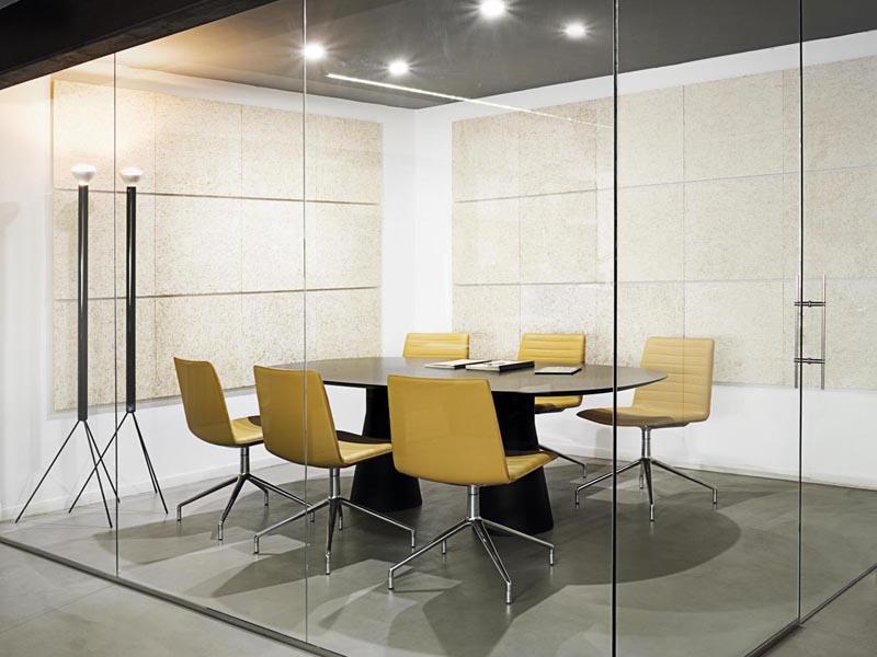 la oficina del futuro transparente