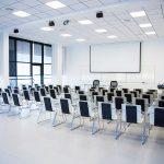 Sala de conferencias en centro de negocios Almería